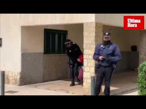 Desahucian a dos ancianos de un piso en Verge de Lluc