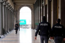 Italia anuncia el aislamiento total del país
