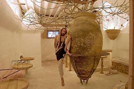 El diseñador Miquel Adrover alquila su local de copas Es Jaç Cocktail en sa Llotja