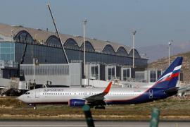 Detenida una mujer en el aeropuerto por viajar desde París con 76 bellotas de cocaína en el cuerpo