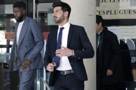 El jugador del Barça Umtiti deberá pagar 32.900 euros por daños en su casa de alquiler