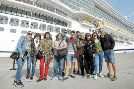 «Todo tranquilo» tras la llegada del Costa Smeralda a Palma