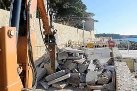 El paseo de Cala Gat destrozado por la borrasca 'Gloria' estará reparado en junio