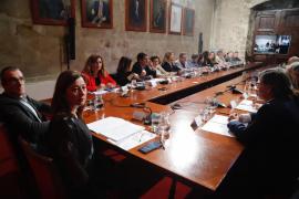 Baleares pide más control en puertos y aeropuertos y cesar la conexión marítima con zonas de riesgo