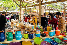 Los pueblos de Mallorca suspenden mercados y ferias durante al menos 15 días