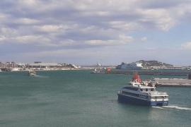 Ferrer abre la puerta al cierre total de Formentera