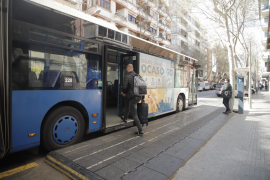 El comité de empresa de EMT denuncia que los buses ni siquiera se han limpiado