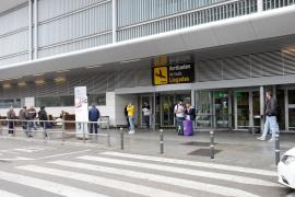 Fletan 25 vuelos de repatriación de ciudadanos extranjeros desde Baleares