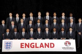 Francia pasa el primer test ante una Inglaterra con muchas dudas