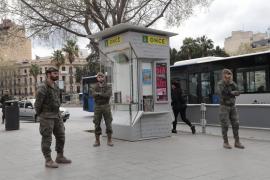 El Ejército de Tierra informa sobre desinfección en la Policía Local y los Bomberos de Palma