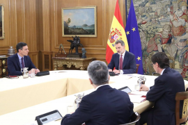 Reunión de Felipe VI con Sánchez y el comité de gestión del coronavirus
