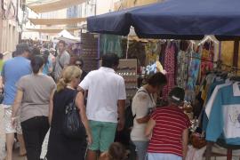 Un escaparate de la  artesanía y el comercio local