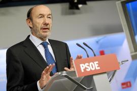 Rubalcaba: «Esto es un rescate, no han llegado los Reyes Magos»