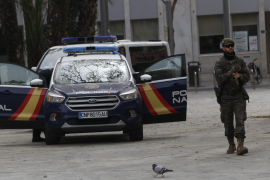 Tres detenidos y medio centenar de sanciones en Baleares en el cuarto día de confinamiento