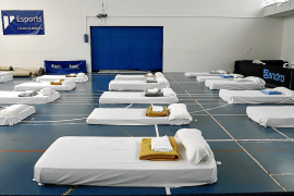Cort habilitará 50 camas más en Son Moix para acoger a los sin techo