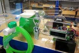 Imprimiendo piezas de respiradores en 3D