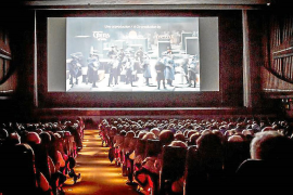 La industria del cine afronta tiempos extraños con medidas excepcionales