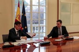 Sánchez constituye el Comité Científico de la COVID-19 junto al ministro de Sanidad y seis científicos