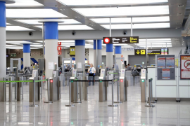 Impiden la entrada a Mallorca a una británica que quería ir a Andratx