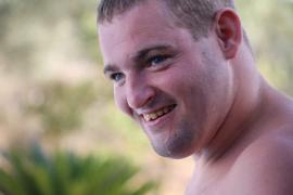 «Mi hermano no tenía patologías, murió por el coronavirus»