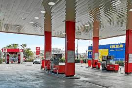 Gasolineras, versión 2.0 de supermercados y estancos