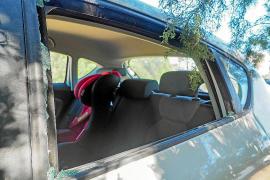 Dos jóvenes detenidos por robar en el interior de coches en Palma