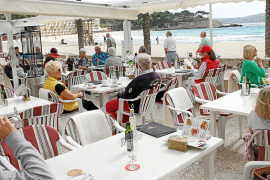 Los bares y restaurantes no pagarán este año por poner terrazas en la calle