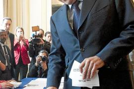 Los conservadores franceses dan libertad de voto para apoyar a Le Pen