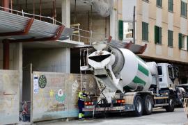 El Govern pide a Madrid la suspensión de la actividad en la construcción