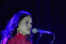 Rosalía lanza por sorpresa una nueva canción durante la cuarentena