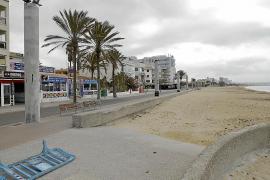 La inmensidad de la Playa de Palma vacía