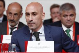 Rubiales ofrece a LaLiga buscar financiación y blinda al fútbol modesto