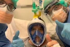 Convierten máscaras de buceo de Decathlon en respiradores para salvar vidas