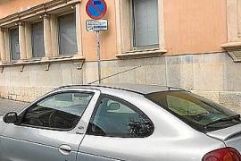 Llamamiento de los transportistas de Baleares a no aparcar en espacios de carga y descarga