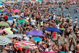 El turismo perderá hasta un 30 % de turistas y 410.000 millones de ingresos