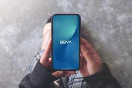 Consulta el saldo, revisa la correspondencia y controla las tarjetas desde la web o la 'app' de BBVA