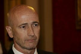 El PP echa a Pastor del grupo parlamentario mientras tramita su expulsión del partido