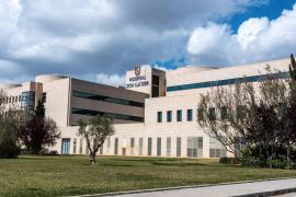 Los hospitales envían a casa a los positivos si sus síntomas pasan a ser leves