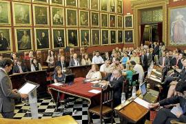 Isern espera que el debate sirva para iniciar otra forma de hacer política