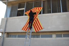 Denuncian en el Parlamento Europeo el «acoso» de Bauzá al catalán