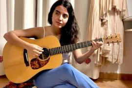 Júlia Colom: «Si me descuido, fácilmente puede haber un fuerte márketing de las tonadas»