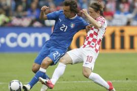 Italia y Croacia aceptan las tablas