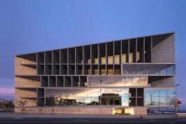 El Govern instalará 24 camas de UCI en el Palacio de Congresos «si es necesario»