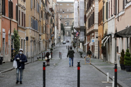 Italia registra una fuerte caída de contagios