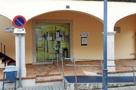 Una avería en la línea telefónica siembra el caos en el centro de salud de Lloseta
