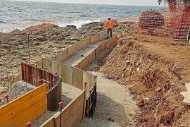El parón en la construcción no afecta a las obras para reparar los paseos de Cala Rajada