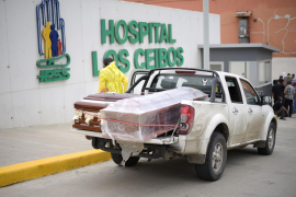 Ecuador instala morgues temporales por el aumento de fallecidos con coronavirus