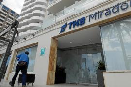 El hotel Mirador ya acoge a sanitarios que prefieren no volver a su casa