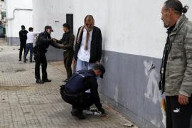 La policía toma Son Gotleu para evitar que sea una 'ciudad sin ley' en la cuarentena