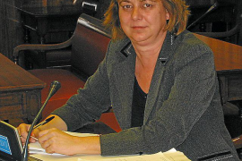 La ex senadora del Partido Popular Joana Xamena apoya a Antoni Pastor